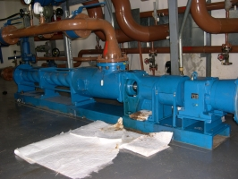 Progressing cavity pump for crude oil